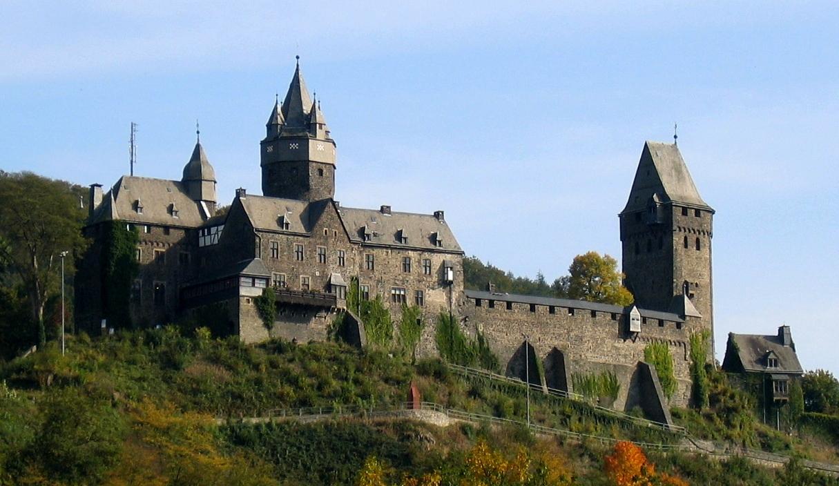 Замок Алтена