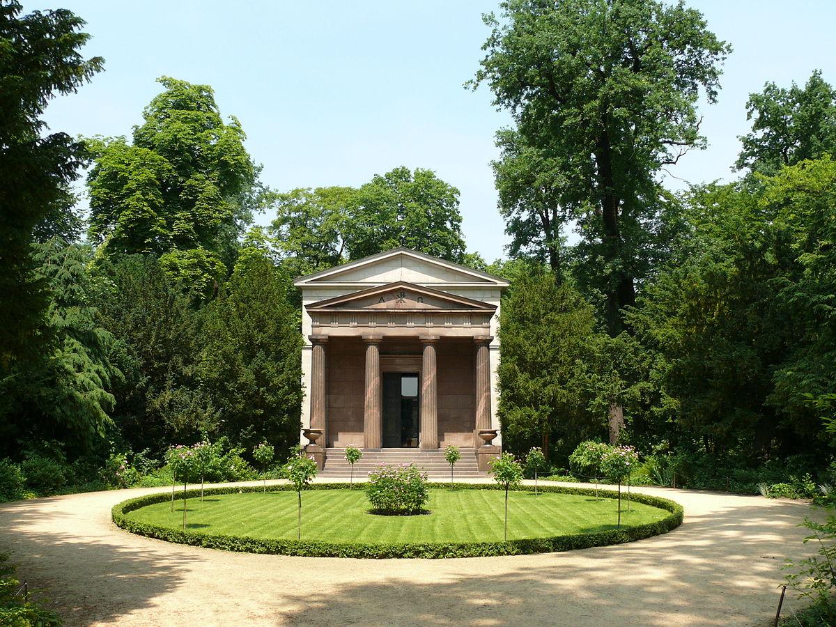 Мавзолей в Шарлоттенбурге
