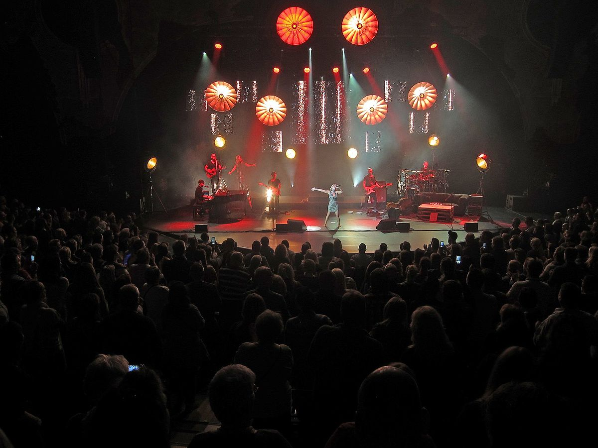 Выступление немецкой певицы Мишель в Берлине