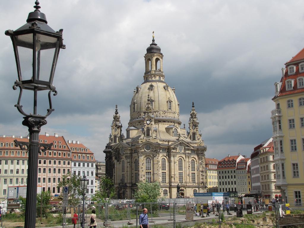 Собор Девы Марии в Дрездене