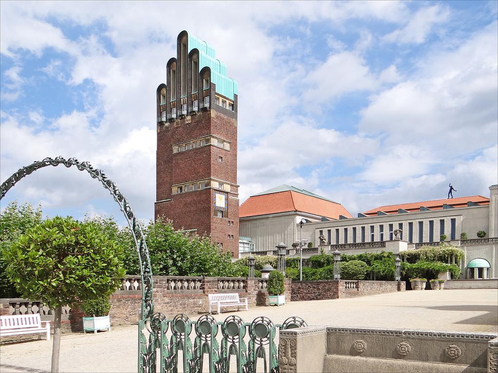 """Башня """"Корона города"""" в Дармштадте"""