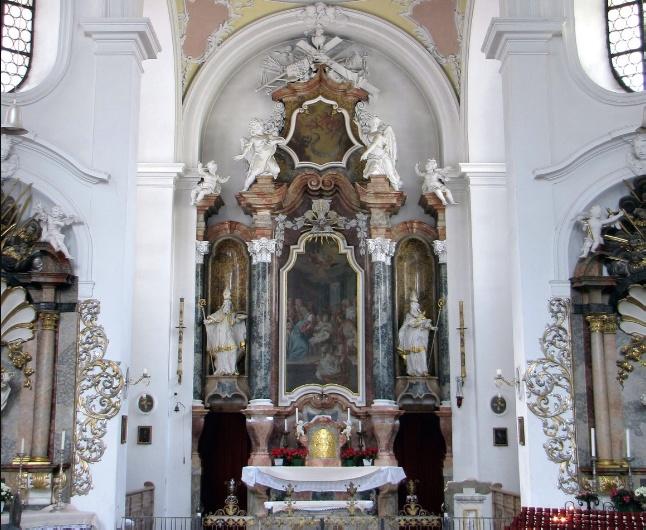 Внутренне убранство церкви Св. Николая