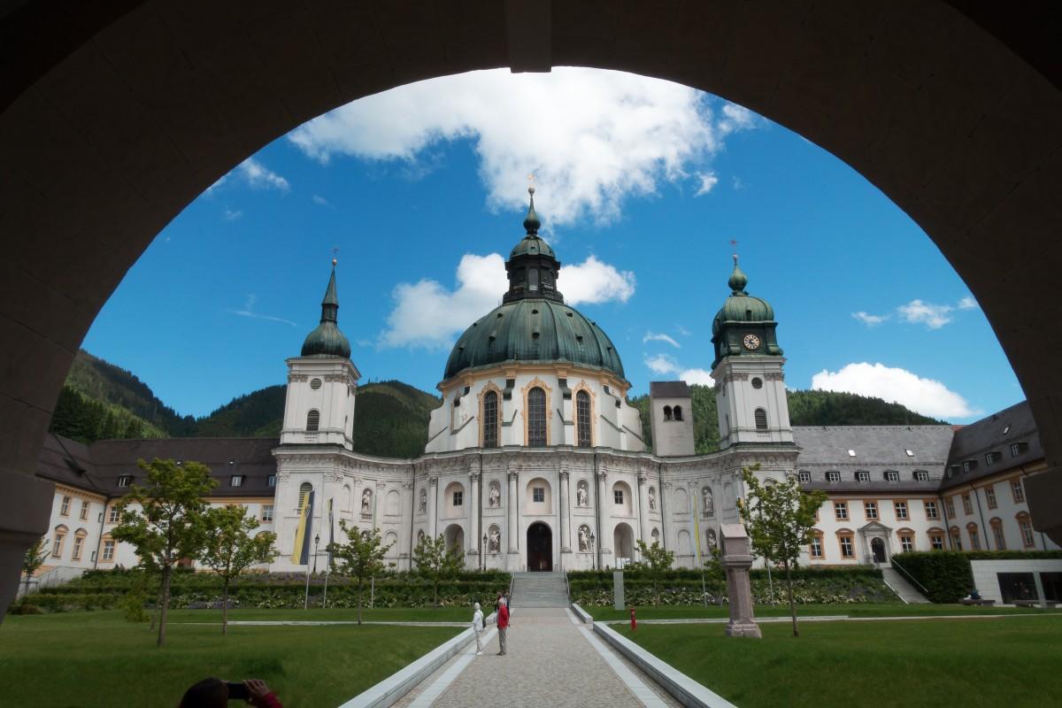 Этталь, Германия: зачем стоит поехать, что делать и что посетить, где поесть, советы туристов