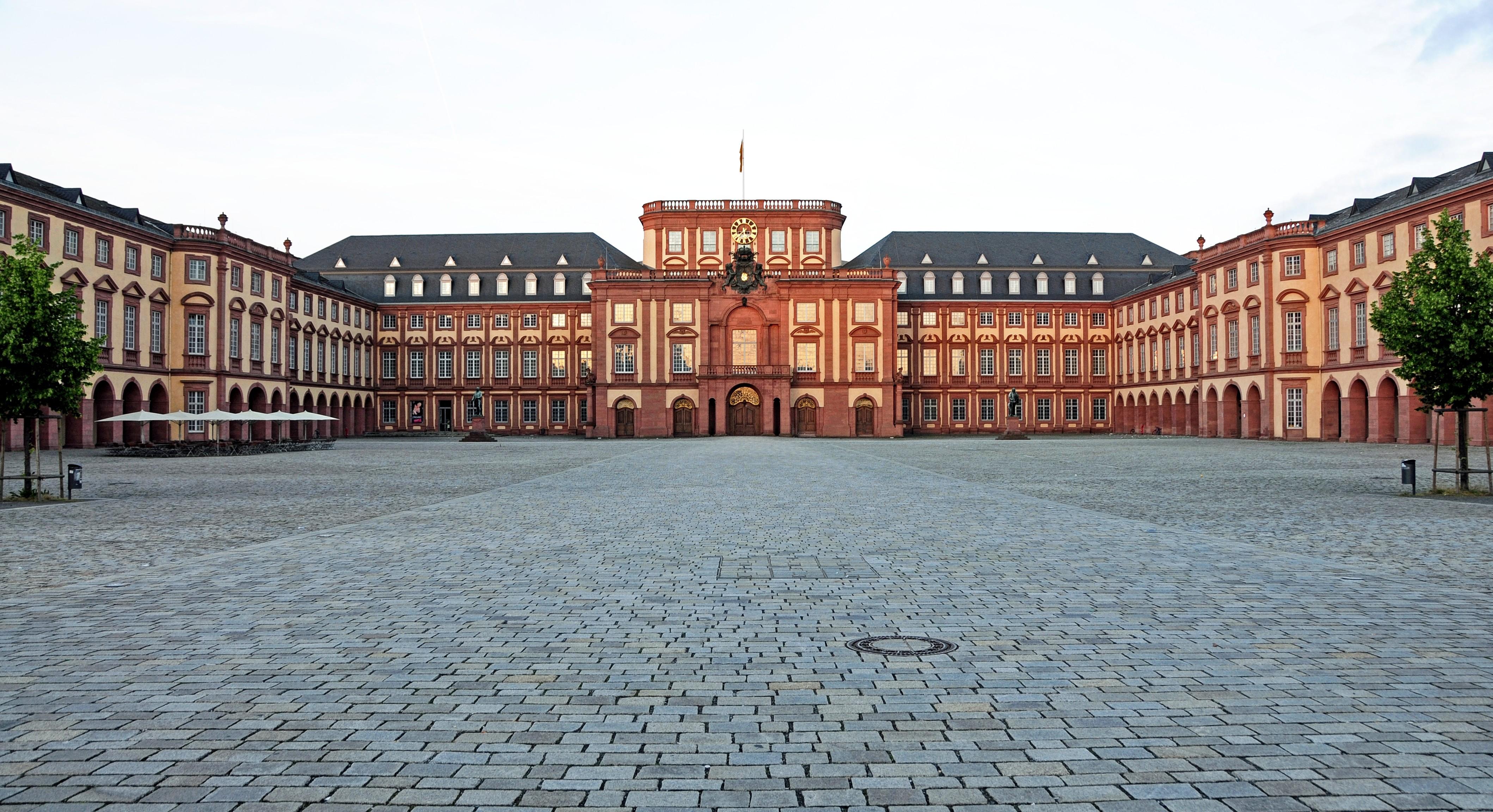 Мангейм, Германия: интересные достопримечательности, что посетить и чем заняться, лучшие рестораны, советы туристов